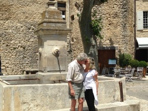 Gordes Love Birds