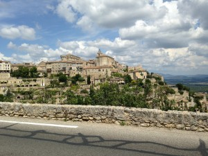 Gordes the Approach