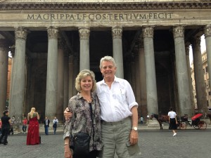 Rome 3 Pantheon JE and Sandi in front good pic