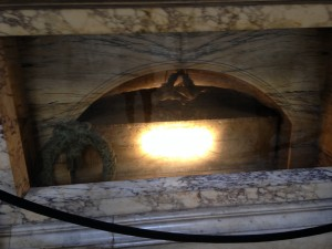 Rome 3 Raphael's Tomb
